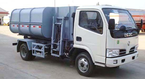 东风轻型自装卸式垃圾车